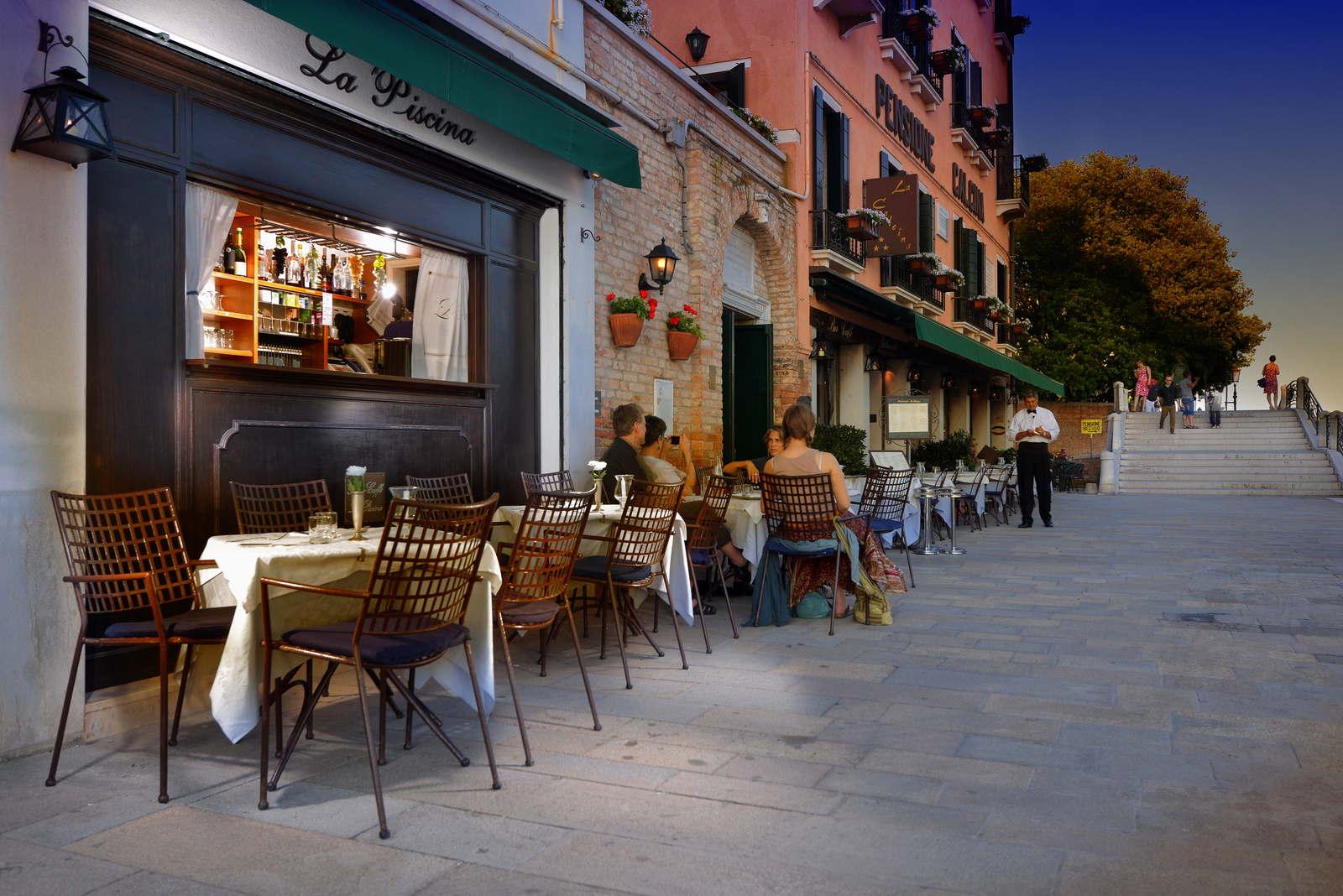 CAFE LA CALCINA