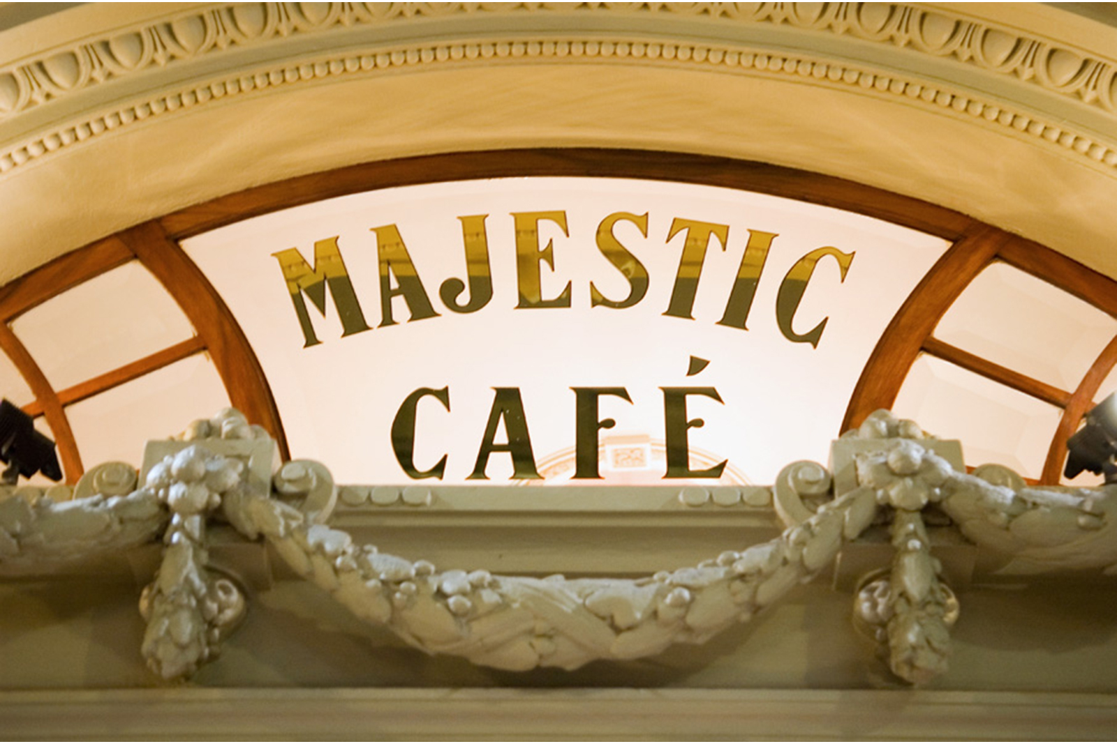 CAFE MAJESTIC
