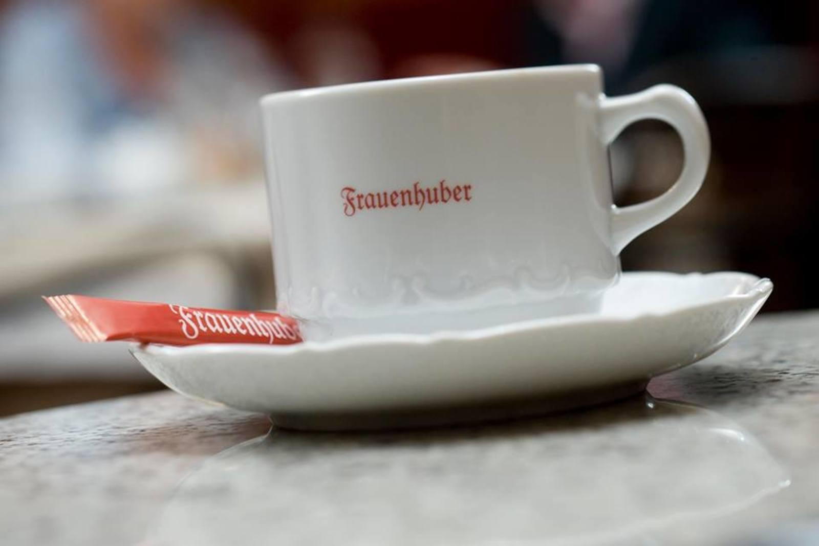 Cafe_Frauenhuber_4_1600x1067